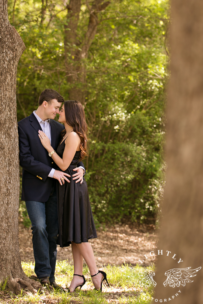 Engagement Session White Rock Lake Dallas Photographer Amanda McCollum Lightly Photography-006