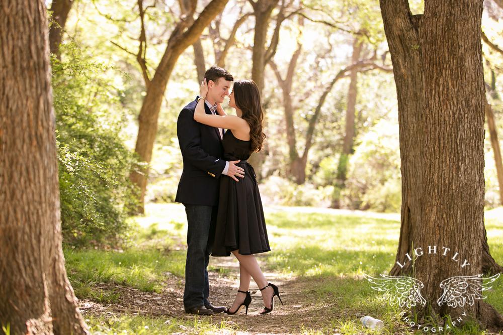 Engagement Session White Rock Lake Dallas Photographer Amanda McCollum Lightly Photography-007