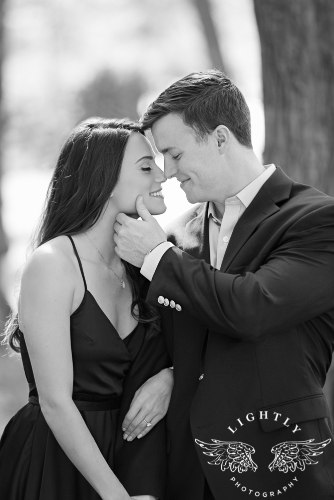 Engagement Session White Rock Lake Dallas Photographer Amanda McCollum Lightly Photography-008