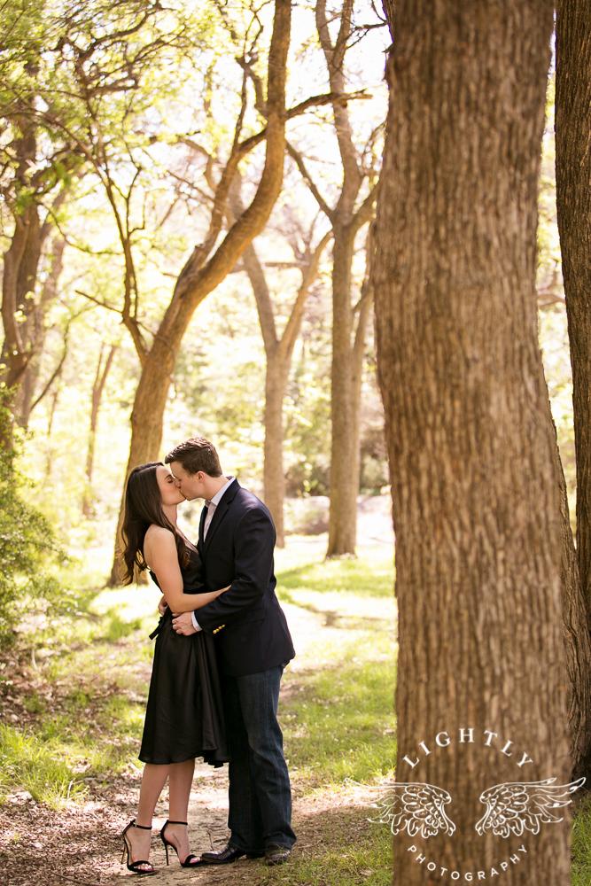 Engagement Session White Rock Lake Dallas Photographer Amanda McCollum Lightly Photography-010