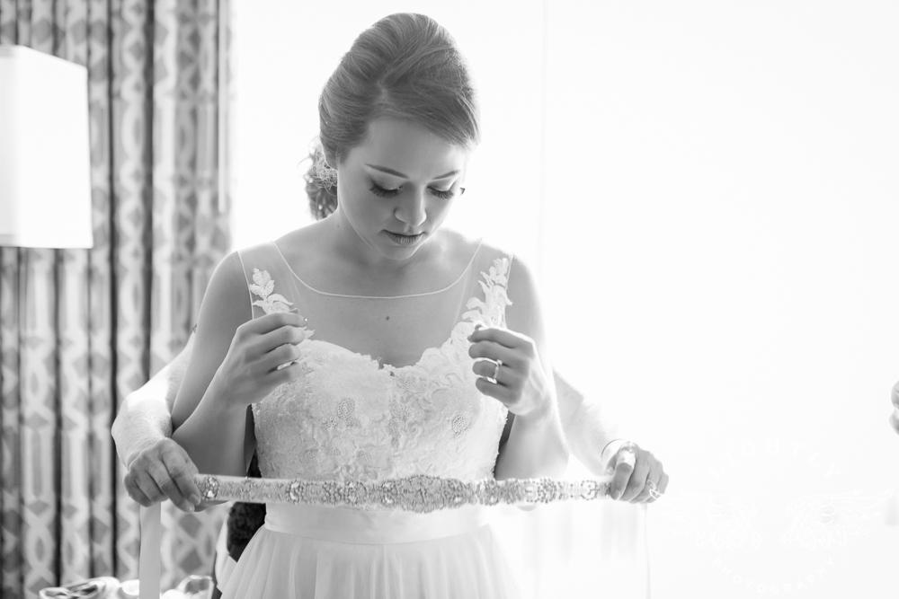 Wedding Omni Fort Worth Bridal Blooms Randy Ro Entertainment Creme de la Creme Amanda McCollum Lightly Photography-001