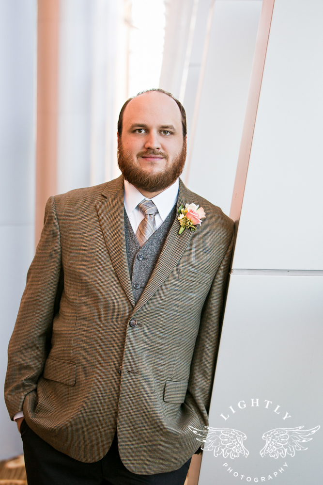 Wedding Omni Fort Worth Bridal Blooms Randy Ro Entertainment Creme de la Creme Amanda McCollum Lightly Photography-020