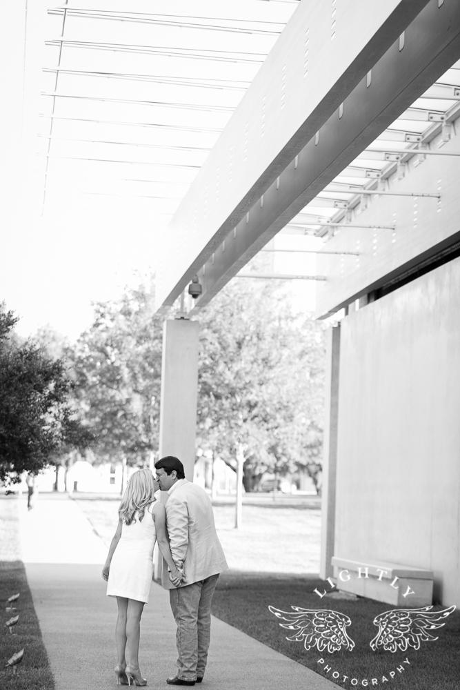 Lightly Photography 2016 http://lightlyphoto.com