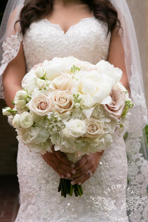 Dallas Wedding Christ the King Omni Mandalay Lightly Photography-0012