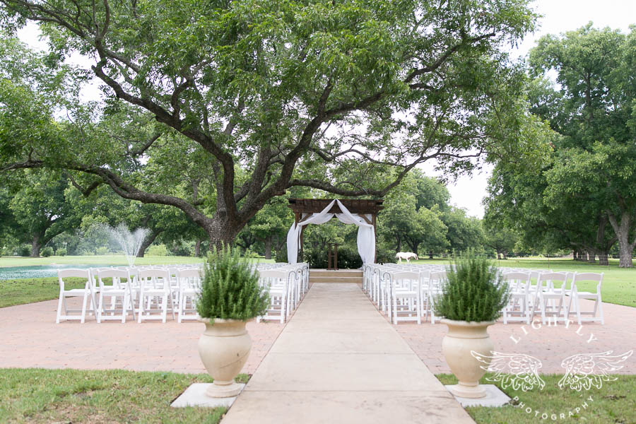 Skyla and Aaron Wedding Outside Ceremony and Reception at The Orchard Venue in Azle Texas TX Ideas Fort Worth Photographer Annie Norvell Lightly Photography-0006