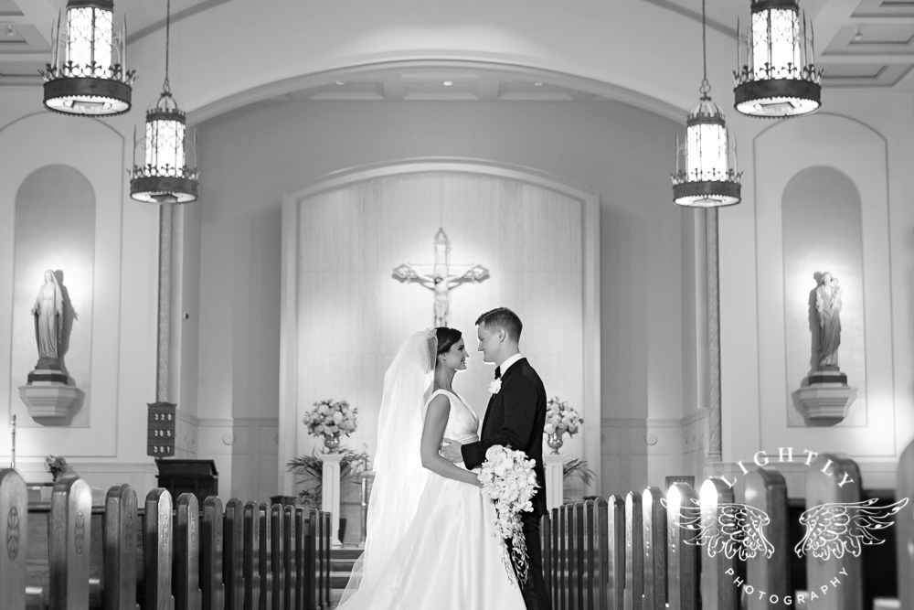 Wedding Holy Trinity Catholic Church Melrose Warwick Hotel Dallas Texas Classic Wedding Amanda McCollu Lightly Photography-081