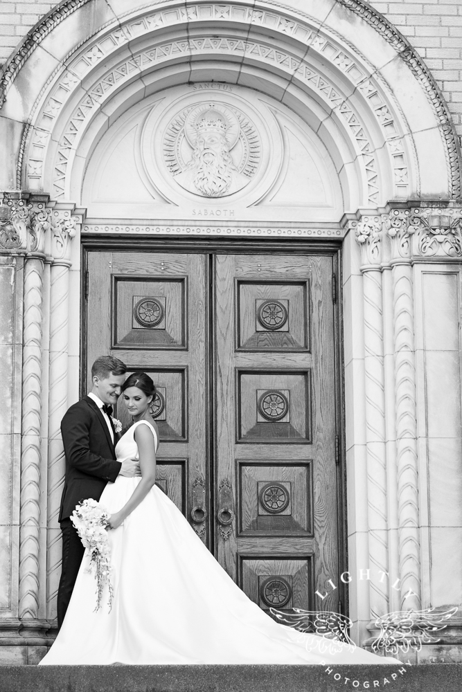 Wedding Holy Trinity Catholic Church Melrose Warwick Hotel Dallas Texas Classic Wedding Amanda McCollu Lightly Photography-085