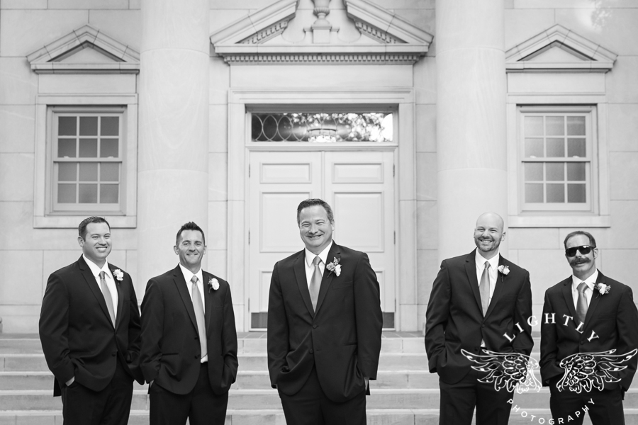 fort-worth-wedding-robert-carr-chapel-reata-bliss-bridal-salon-david-kimmel-floral-greg-beck-by-lightly-photography-0054