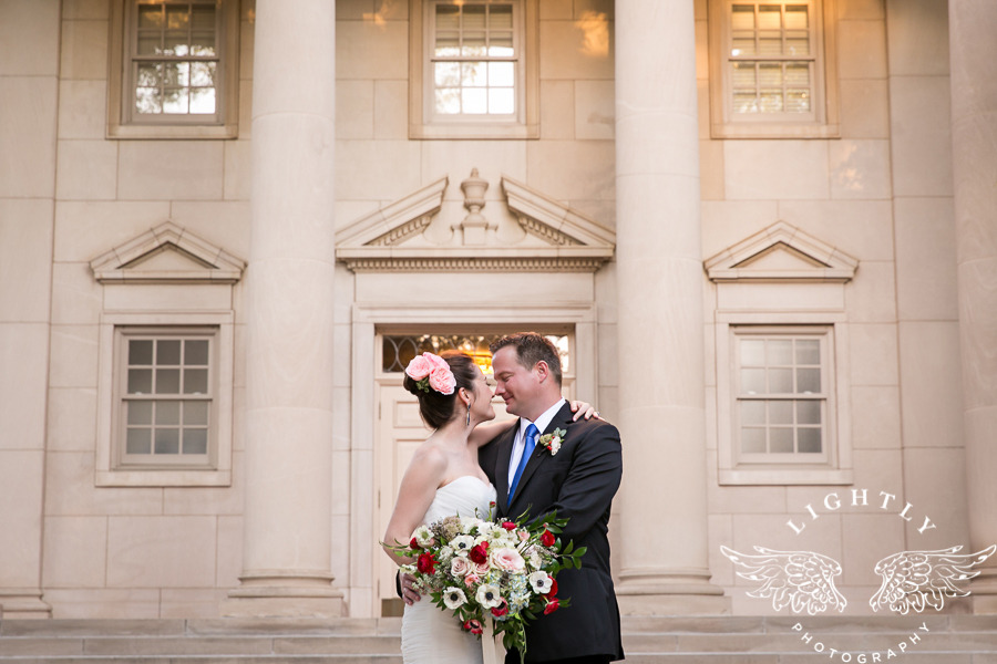 fort-worth-wedding-robert-carr-chapel-reata-bliss-bridal-salon-david-kimmel-floral-greg-beck-by-lightly-photography-0056