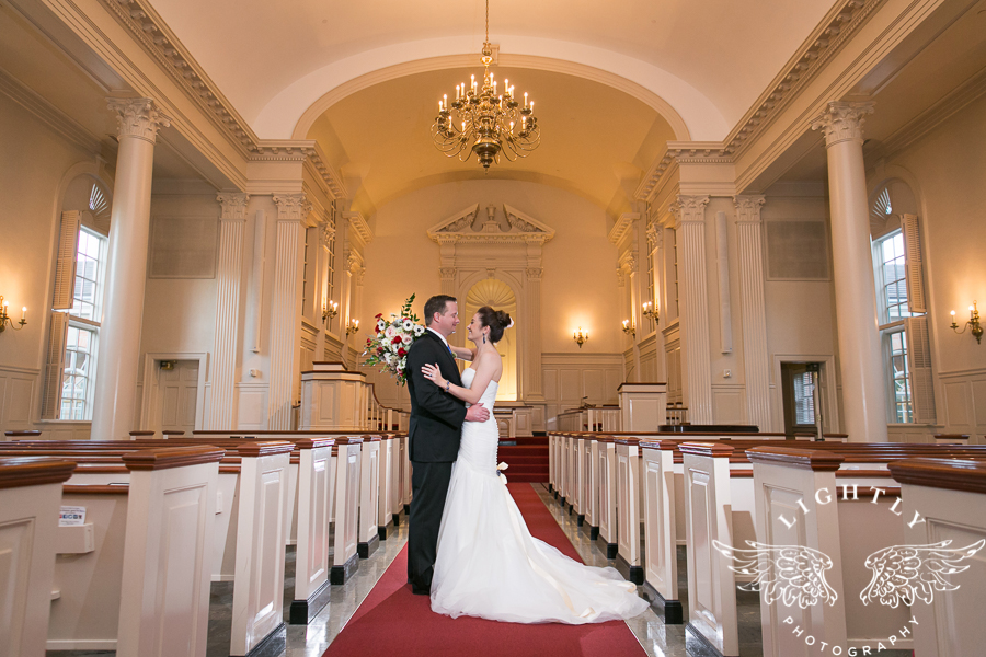fort-worth-wedding-robert-carr-chapel-reata-bliss-bridal-salon-david-kimmel-floral-greg-beck-by-lightly-photography-0060