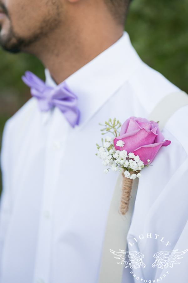 wedding-at-thistle-springs-ranch-bliss-bridal-salon-remebrance-flowers-leforce-entertainment-mens-warehouse-serendipity-events-by-tina-lightly-photography-0016