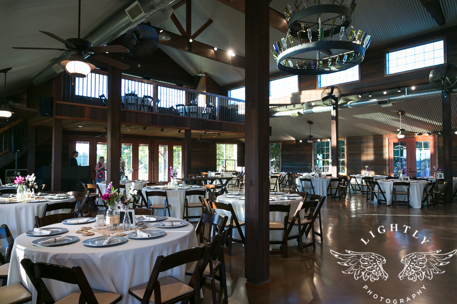 wedding-at-thistle-springs-ranch-bliss-bridal-salon-remebrance-flowers-leforce-entertainment-mens-warehouse-serendipity-events-by-tina-lightly-photography-0023