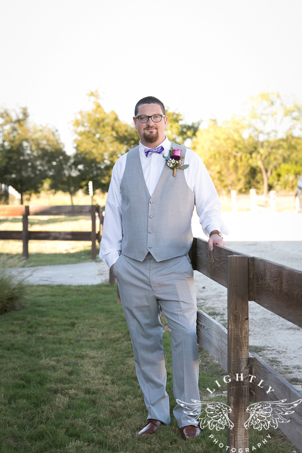 wedding-at-thistle-springs-ranch-bliss-bridal-salon-remebrance-flowers-leforce-entertainment-mens-warehouse-serendipity-events-by-tina-lightly-photography-0041