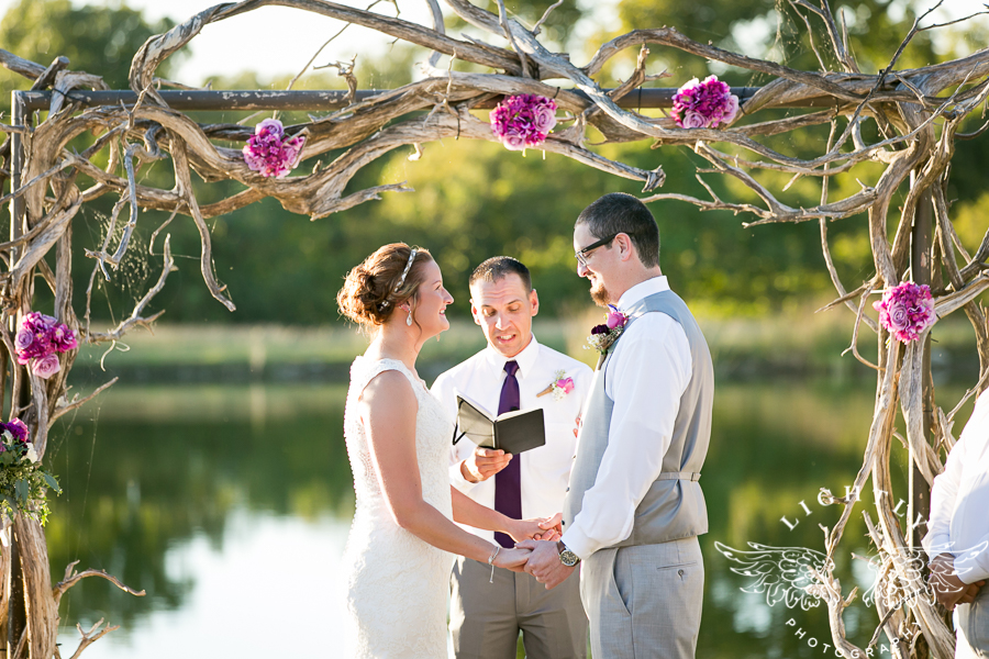 wedding-at-thistle-springs-ranch-bliss-bridal-salon-remebrance-flowers-leforce-entertainment-mens-warehouse-serendipity-events-by-tina-lightly-photography-0052