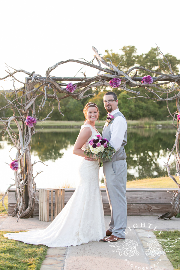 wedding-at-thistle-springs-ranch-bliss-bridal-salon-remebrance-flowers-leforce-entertainment-mens-warehouse-serendipity-events-by-tina-lightly-photography-0068
