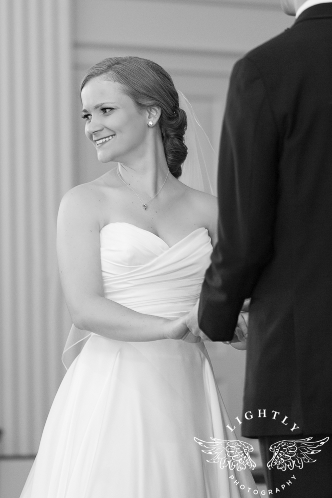 wedding-robert-carr-tcu-reata-restaurant-downtown-fort-worth-lip-service-makeup-amanda-mccollum-lightly-photography-029