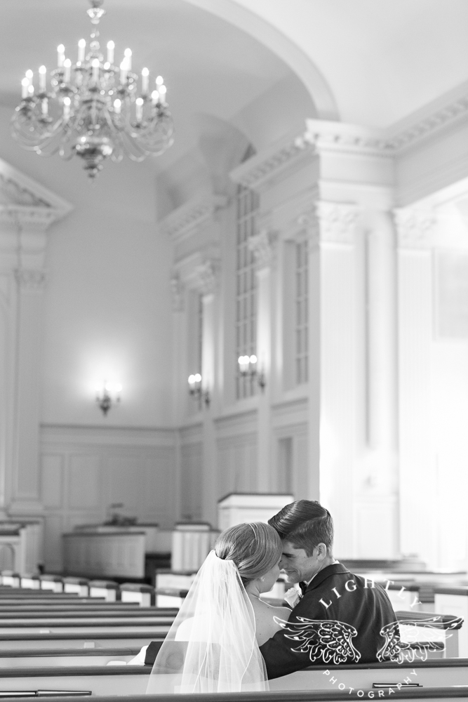 wedding-robert-carr-tcu-reata-restaurant-downtown-fort-worth-lip-service-makeup-amanda-mccollum-lightly-photography-040