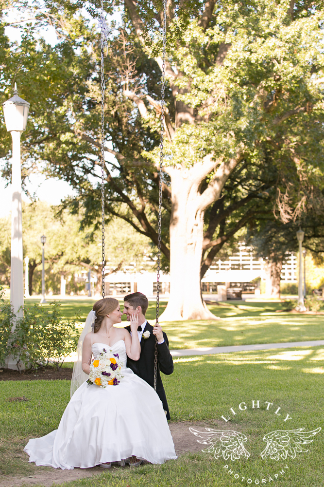 wedding-robert-carr-tcu-reata-restaurant-downtown-fort-worth-lip-service-makeup-amanda-mccollum-lightly-photography-048