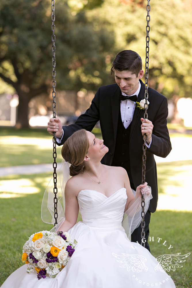 wedding-robert-carr-tcu-reata-restaurant-downtown-fort-worth-lip-service-makeup-amanda-mccollum-lightly-photography-052