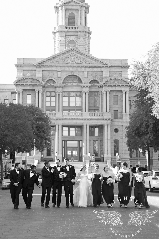 wedding-robert-carr-tcu-reata-restaurant-downtown-fort-worth-lip-service-makeup-amanda-mccollum-lightly-photography-053