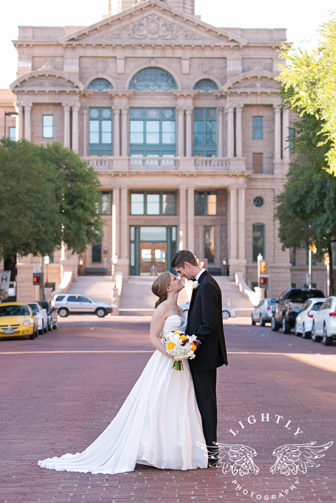 wedding-robert-carr-tcu-reata-restaurant-downtown-fort-worth-lip-service-makeup-amanda-mccollum-lightly-photography-055