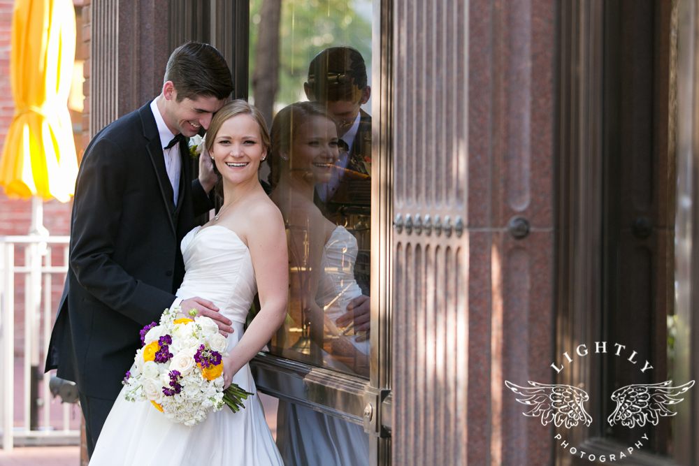 wedding-robert-carr-tcu-reata-restaurant-downtown-fort-worth-lip-service-makeup-amanda-mccollum-lightly-photography-059