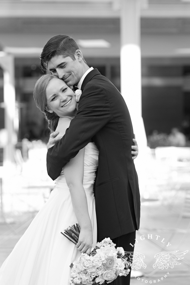 wedding-robert-carr-tcu-reata-restaurant-downtown-fort-worth-lip-service-makeup-amanda-mccollum-lightly-photography-061
