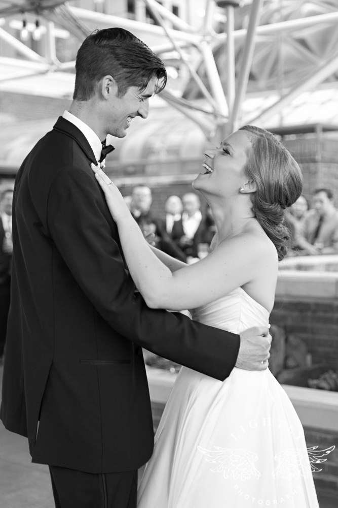 wedding-robert-carr-tcu-reata-restaurant-downtown-fort-worth-lip-service-makeup-amanda-mccollum-lightly-photography-071