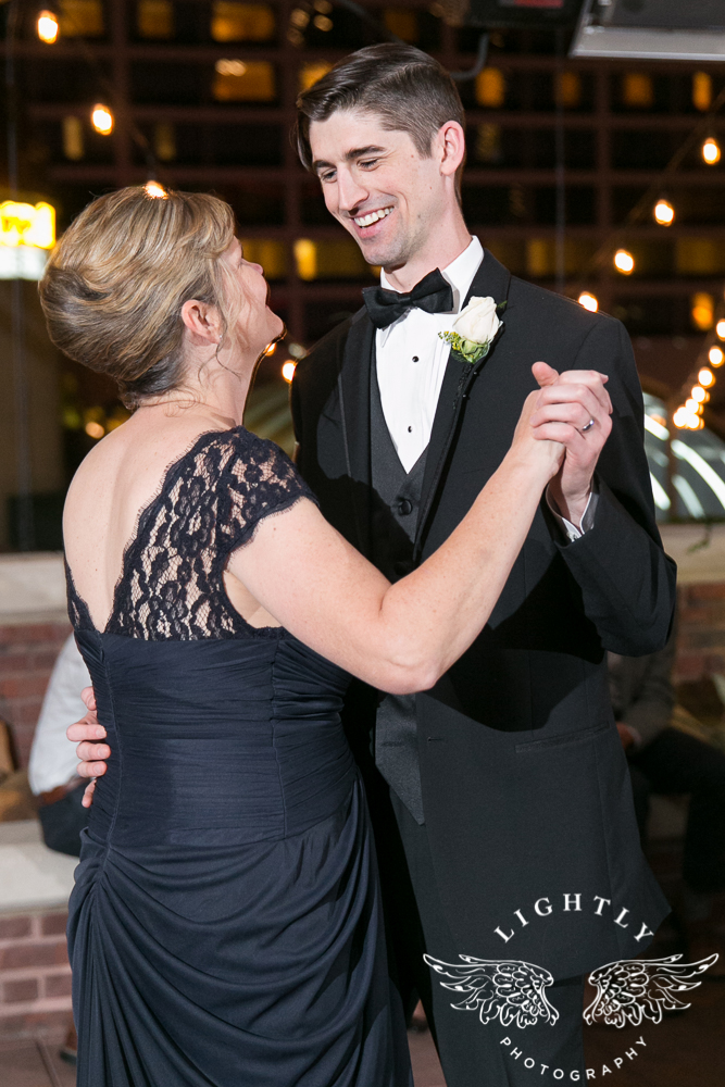 wedding-robert-carr-tcu-reata-restaurant-downtown-fort-worth-lip-service-makeup-amanda-mccollum-lightly-photography-081