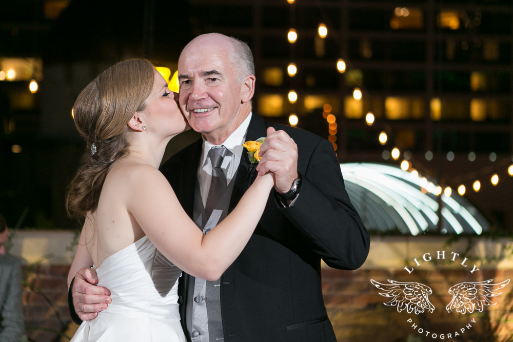 wedding-robert-carr-tcu-reata-restaurant-downtown-fort-worth-lip-service-makeup-amanda-mccollum-lightly-photography-083
