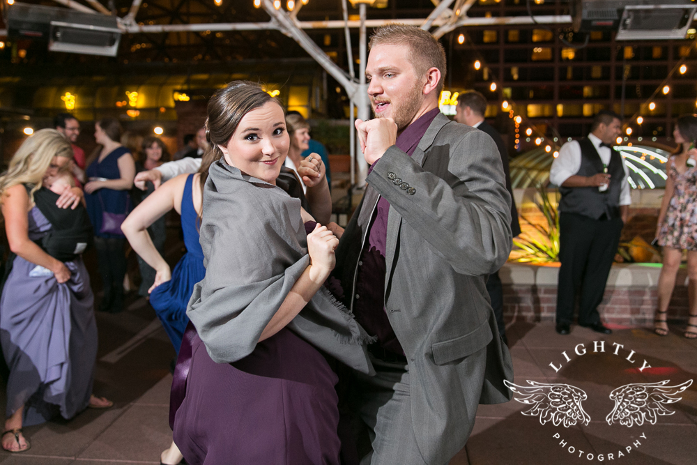 wedding-robert-carr-tcu-reata-restaurant-downtown-fort-worth-lip-service-makeup-amanda-mccollum-lightly-photography-088