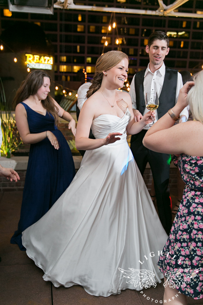 wedding-robert-carr-tcu-reata-restaurant-downtown-fort-worth-lip-service-makeup-amanda-mccollum-lightly-photography-089