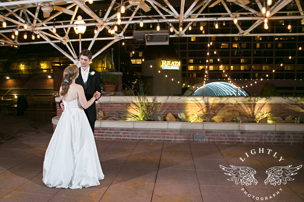 wedding-robert-carr-tcu-reata-restaurant-downtown-fort-worth-lip-service-makeup-amanda-mccollum-lightly-photography-101