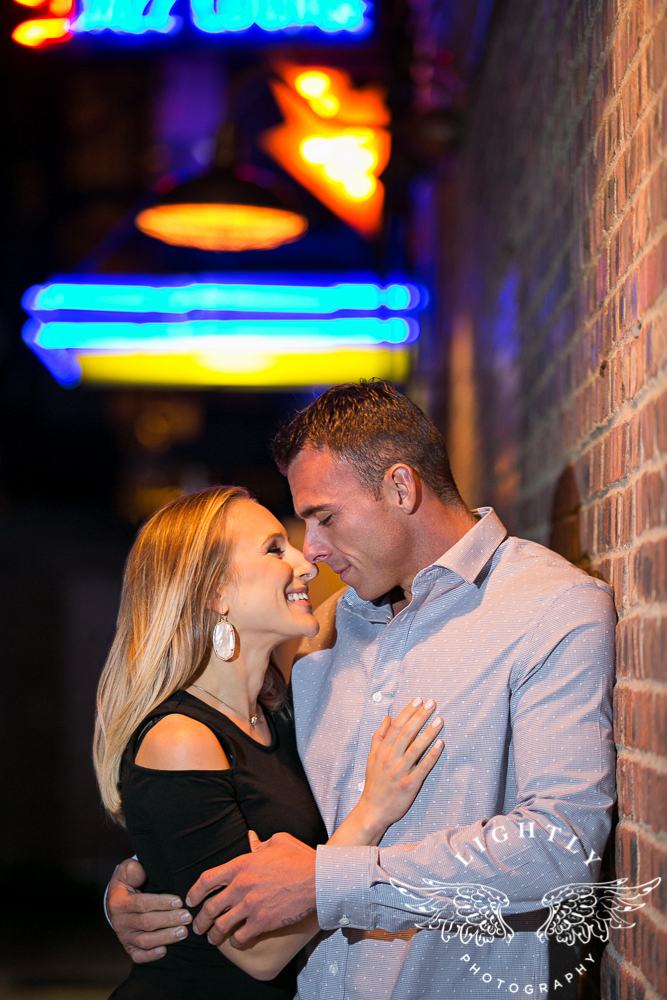 engagement-session-fort-worth-stockyards-downtown-fort-worth-amanda-mccollum-lightly-photography-021