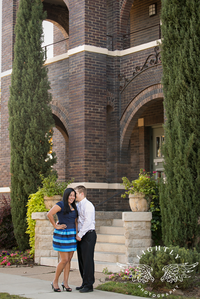 engagement-session-magnolia-ave-trinity-park-fort-worth-amanda-mccollum-lightly-photography-008