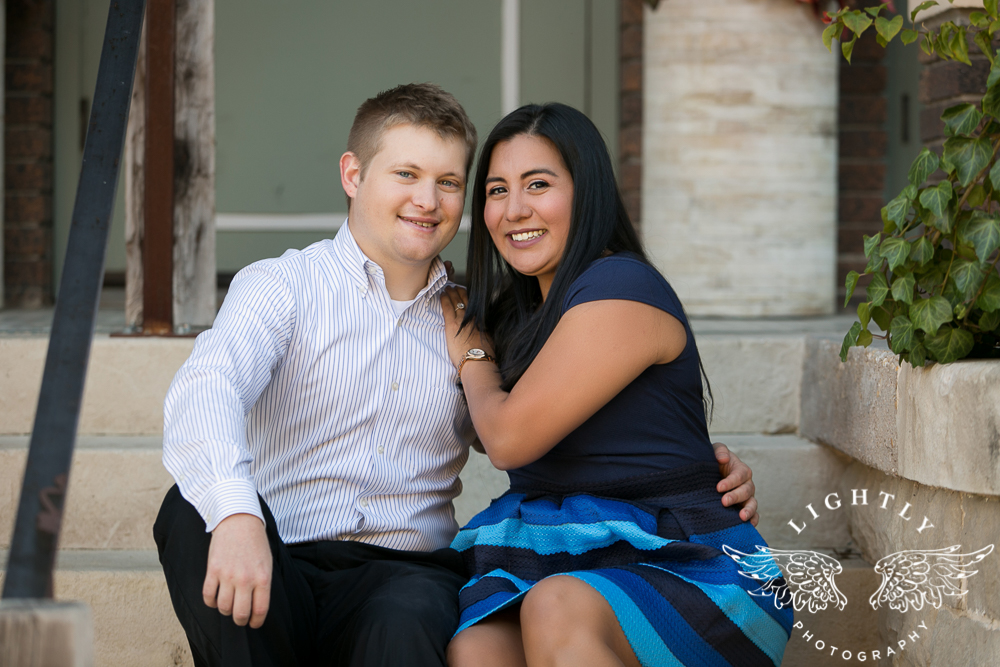 engagement-session-magnolia-ave-trinity-park-fort-worth-amanda-mccollum-lightly-photography-011
