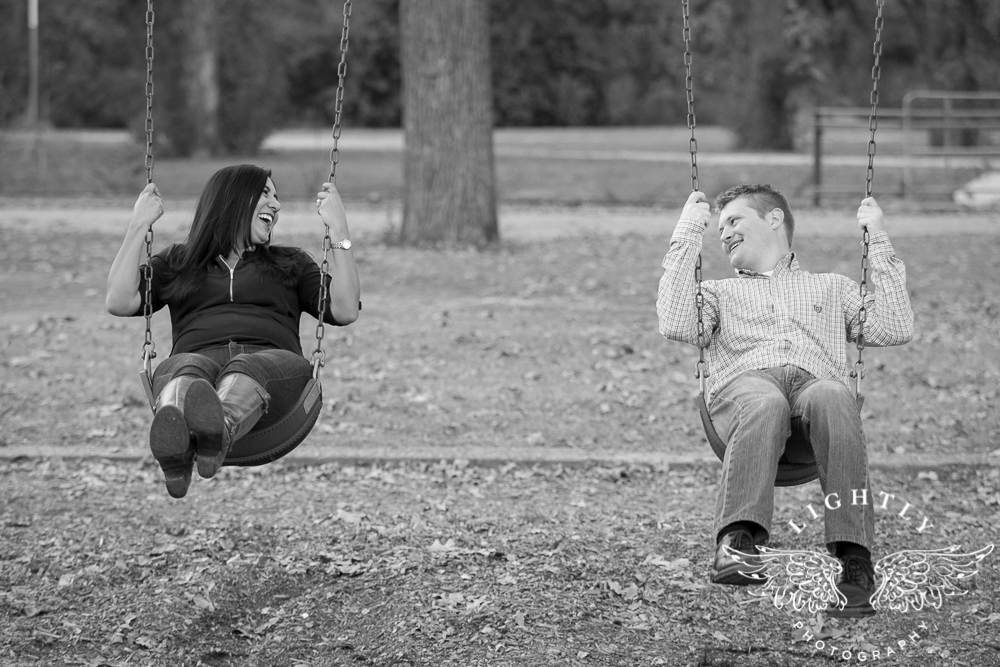 engagement-session-magnolia-ave-trinity-park-fort-worth-amanda-mccollum-lightly-photography-028