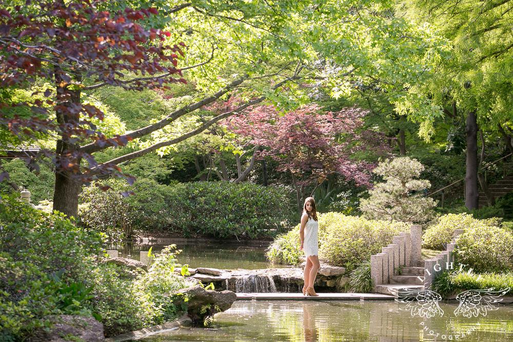 Taylor Senior Portraits At Japanese Gardens Lightly Photography