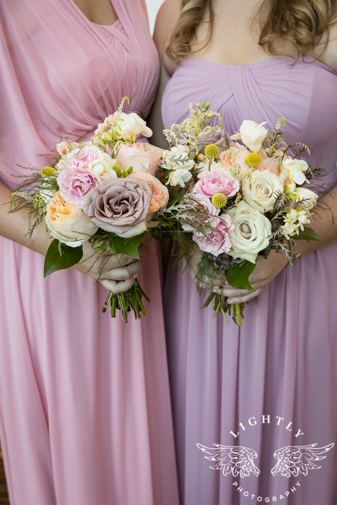 Wedding details Omni Fort Worth Bridal Blooms Randy Ro Entertainment Creme de la Creme Cakes Amanda McCollum Lightly Photography-007