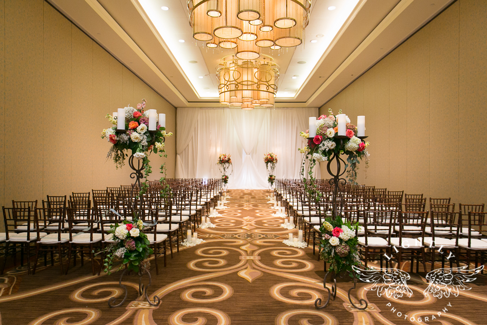 Wedding details Omni Fort Worth Bridal Blooms Randy Ro Entertainment Creme de la Creme Cakes Amanda McCollum Lightly Photography-008