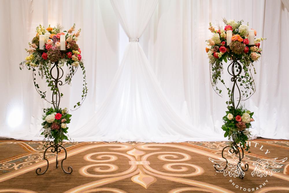 Wedding details Omni Fort Worth Bridal Blooms Randy Ro Entertainment Creme de la Creme Cakes Amanda McCollum Lightly Photography-009