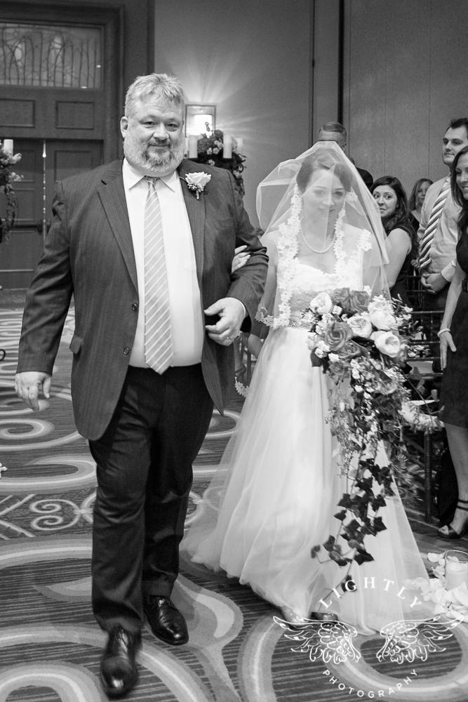 Wedding Omni Fort Worth Bridal Blooms Randy Ro Entertainment Creme de la Creme Amanda McCollum Lightly Photography-023