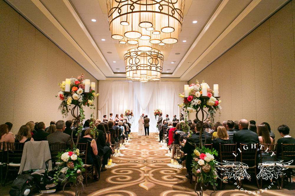 Wedding Omni Fort Worth Bridal Blooms Randy Ro Entertainment Creme de la Creme Amanda McCollum Lightly Photography-025