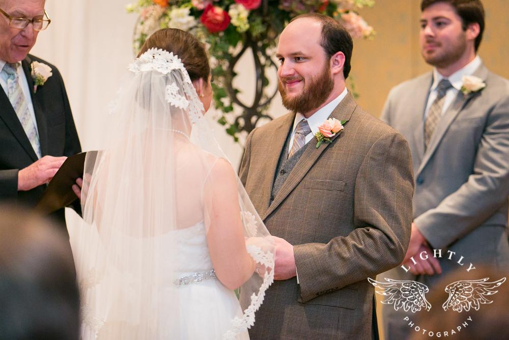 Wedding Omni Fort Worth Bridal Blooms Randy Ro Entertainment Creme de la Creme Amanda McCollum Lightly Photography-030
