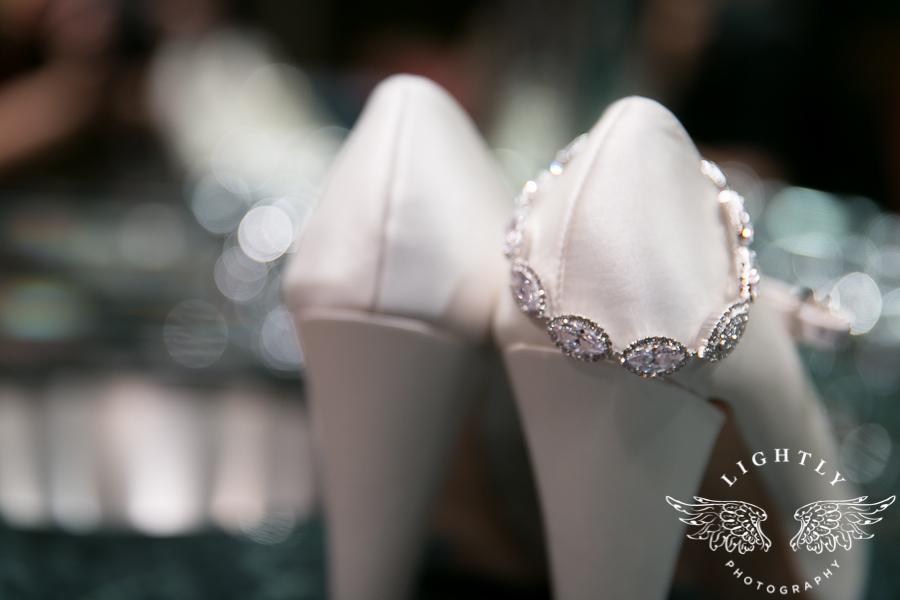 Dallas Wedding Christ the King Omni Mandalay Lightly Photography-0009