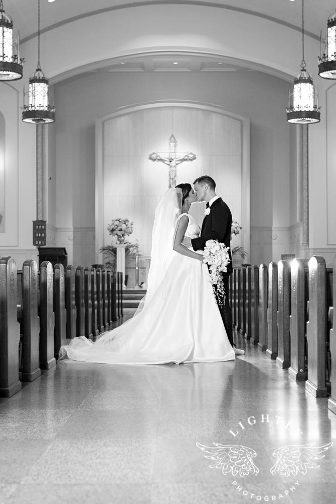 Wedding Holy Trinity Catholic Church Melrose Warwick Hotel Dallas Texas Classic Wedding Amanda McCollu Lightly Photography-080