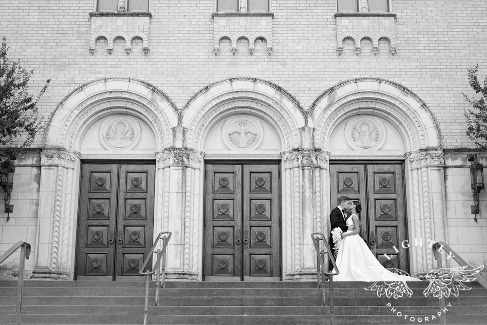 Wedding Holy Trinity Catholic Church Melrose Warwick Hotel Dallas Texas Classic Wedding Amanda McCollu Lightly Photography-087