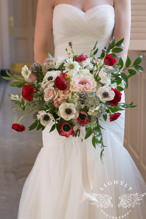fort-worth-wedding-robert-carr-chapel-reata-bliss-bridal-salon-david-kimmel-floral-greg-beck-by-lightly-photography-0014
