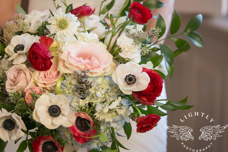 fort-worth-wedding-robert-carr-chapel-reata-bliss-bridal-salon-david-kimmel-floral-greg-beck-by-lightly-photography-0015
