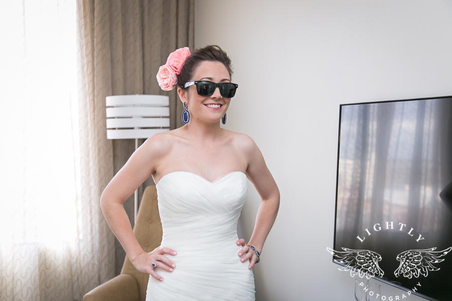 fort-worth-wedding-robert-carr-chapel-reata-bliss-bridal-salon-david-kimmel-floral-greg-beck-by-lightly-photography-0019